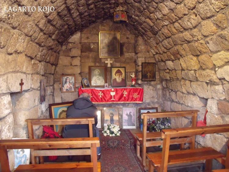 El fanatismo religioso está presente en todo el Líbano en su versión más cutre y casposa
