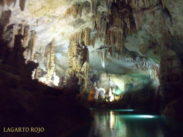 Otra instantánea de la gruta inferior de Yeíta