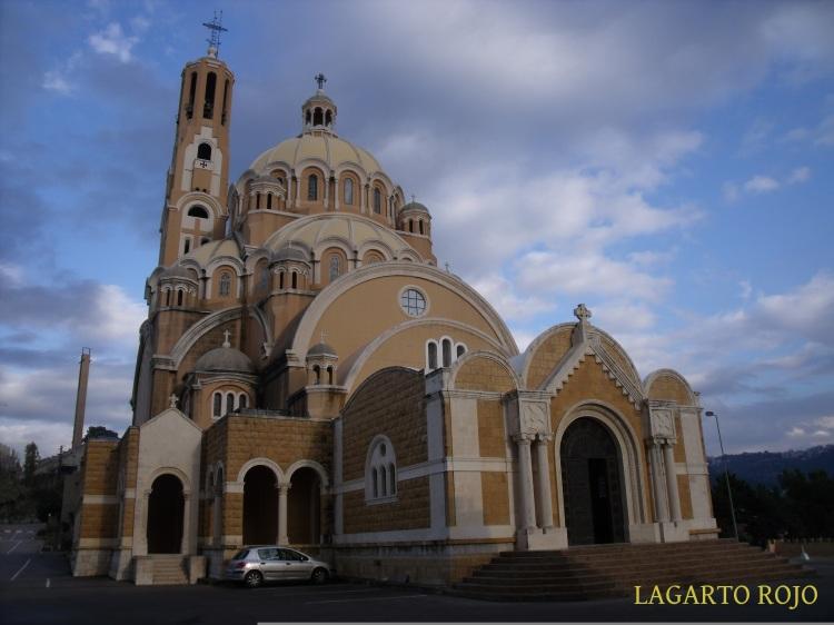 La basílica greco-católica melquita de San Pablo se encuentra en un recodo de la subida a Jarisa