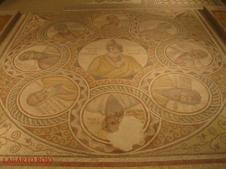 El Mosaico de los Siete Sabios, uno de los más famosos del mundo, encontrado en Baalbec