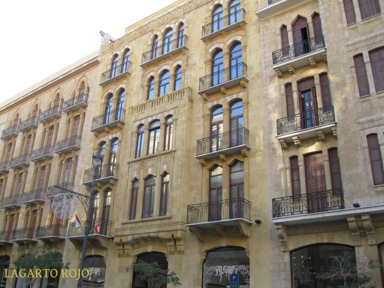 Edificios reconstruidos del distrito Centro: sobrios y elegantes, pero fríos e impersonales