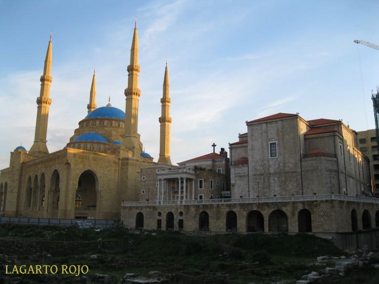 La síntesis del Líbano: la mezquita de Mojamed Al-Amín junto a la catedral maronita