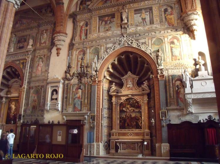 Capillas laterales de la catedral de Verona