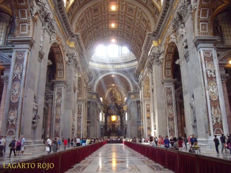 Nave central de la basílica de San Pedro