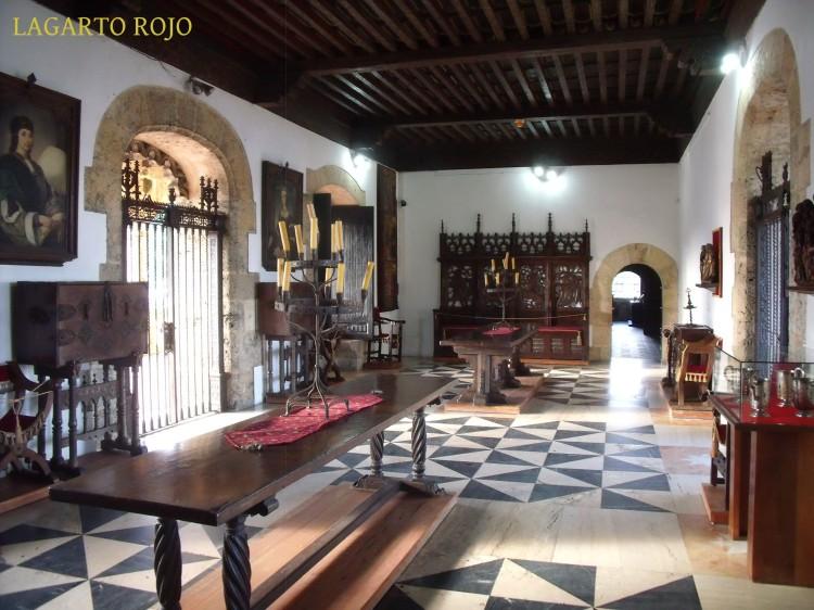 Uno de los salones del Alcázar de Diego Colón