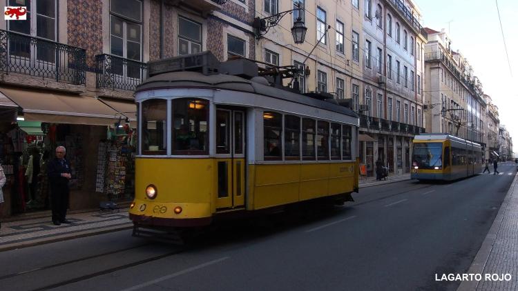 Tranvías en la Baixa