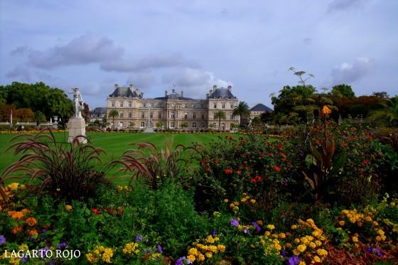 Jardines de Luexemburgo. Al fondo el Palacio de Luxemburgo, actual sede del Senado francés