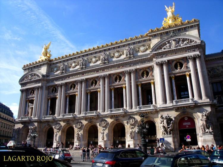 Fachada principal del Palacio Garnier
