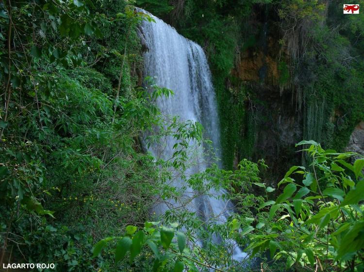 Cascada Caprichosa