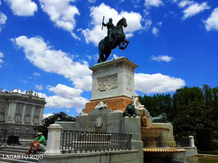 Monumento de Felipe IV en la Plaza de Oriente