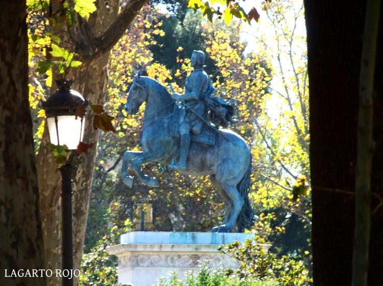 Estatua ecuestre de Felipe IV en la Plaza de Oriente