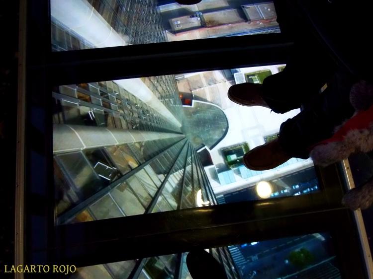 Caída al vacío desde la Torre Montparnasse