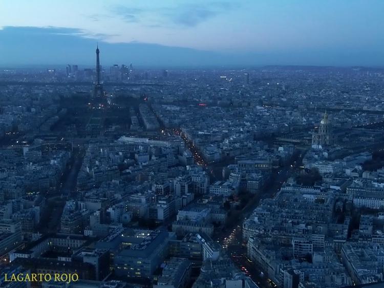 Torre Eiffel e iglesia de los Inválidos