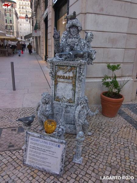 Estatua humana en Lisboa
