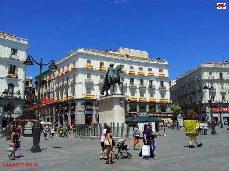 Estatua ecuestre de Carlos III en Madrid