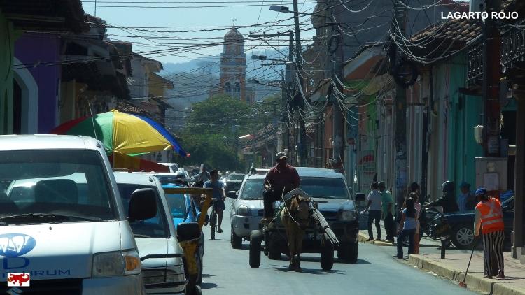 Carreta en una calle nicaragüense