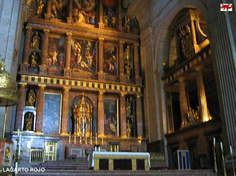 Retablo de la basílica del Escorial