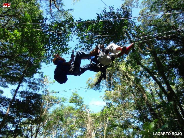 Tirolinas en Monteverde