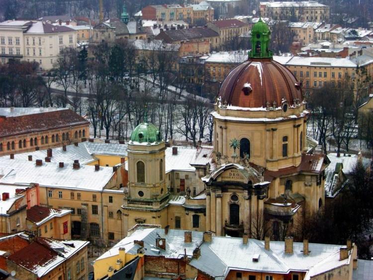 Iglesia-ortodoxa-de-Saint-Mikolayi-Lviv-Ucrania